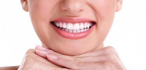 Trồng răng sứ có bền không? Nhờ chuyên gia giải đáp 3